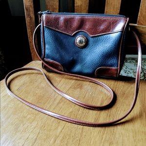 Vintage vegan leather Bag Bazaar 80s 90s purse